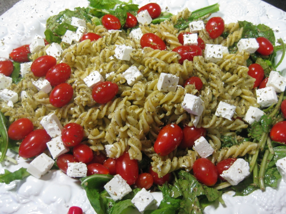 Rocket pasta pesto salad