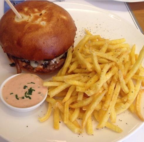 Burger Le Petit Gris